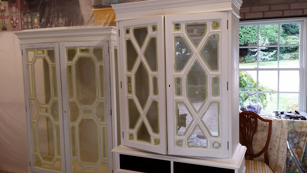 painting glazed cabinets