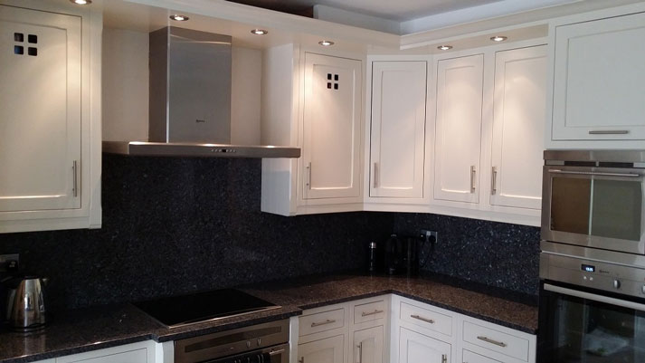 This kitchen was painted in an equivalent colour t Jasmine White