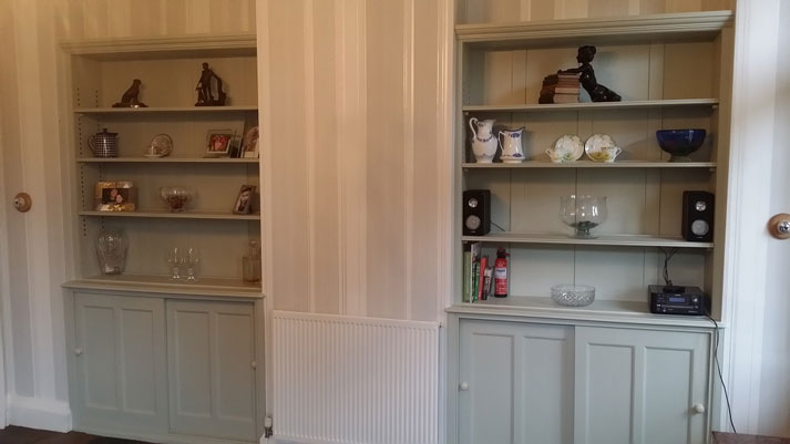Hand painted dressers in Stanton by Bridge