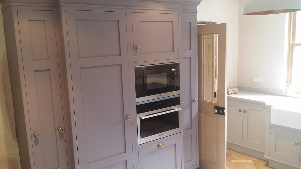 hand painted country kitchen in Derbyshire