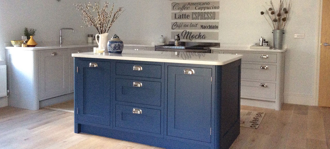 Kitchen Cabinets Blue May Not Be The First Thought For Your Kitchen Amazing Hand Painted Kitchen Cabinets