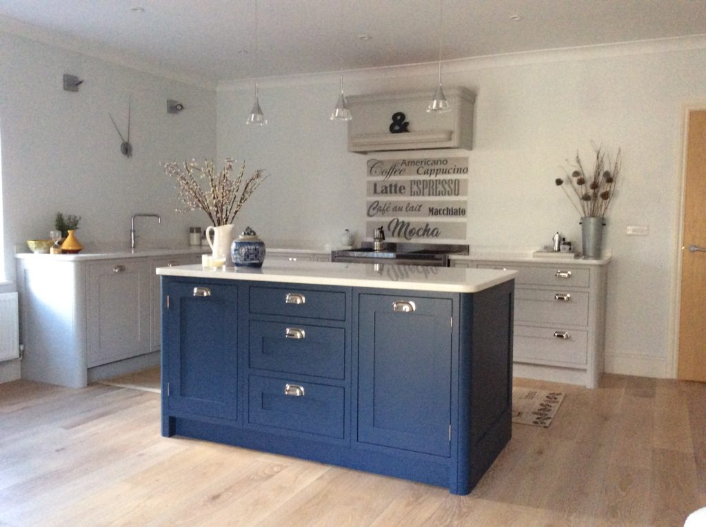 Kitchen cabinets blue