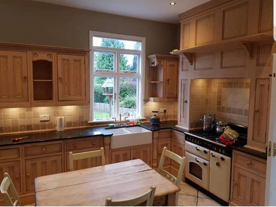 Kitchen cabinet painter Nottingham